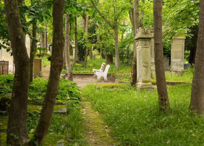 294069-Cimetiere-dormant-protestant-a-Caen-Caen-la-mer-Tourisme—Pauline—Mehdi—Photographie-1200px-2