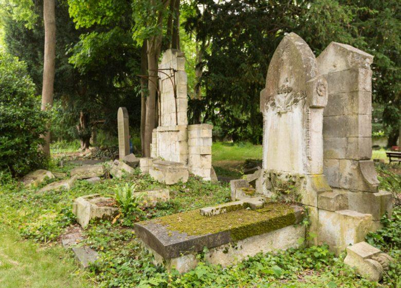 294086-Cimetiere-dormant-Saint-Pierre-a-Caen-Caen-la-mer-Tourisme—Pauline—Mehdi—Photographie-1200px