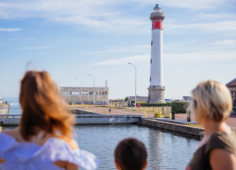 298379–Caen-la-mer-Tourisme—Les-Conteurs–Droits-reserves-Office-de-Tourisme—des-Congres–1200px