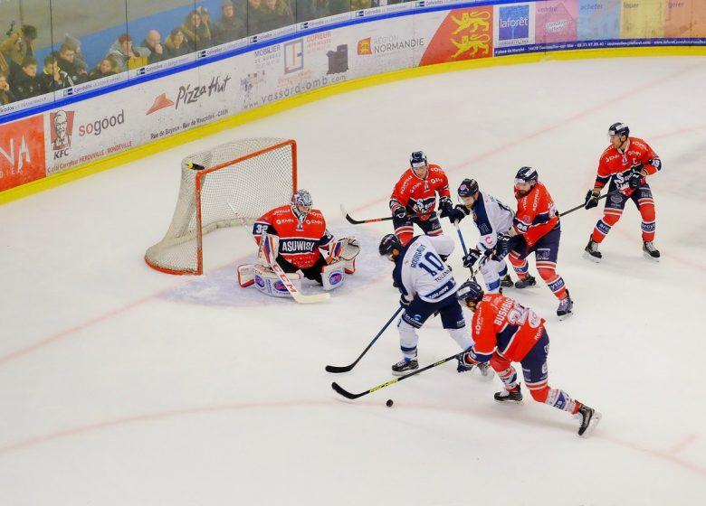 300804-Match_de_Hockey_sur_glace__Caen-Caen_la_mer_Tourisme___Alix_JONET