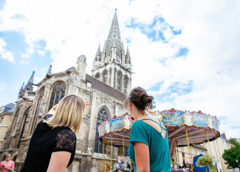 54632-Eglise-Saint-Sauveur-Caen-la-mer-Tourisme—Les-Conteurs–Droits-reserves-Office-de-Tourisme—des-Congres–1200px