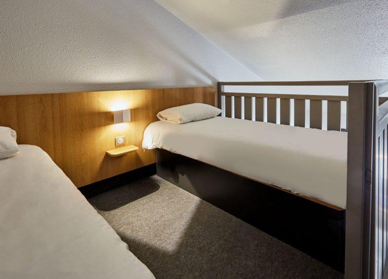 B-B-Caen-Sud-chambre-mezzanine-2