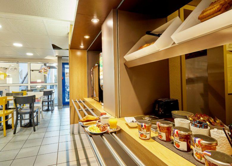 B-B-Caen-Sud-petit-dejeuner-3-2