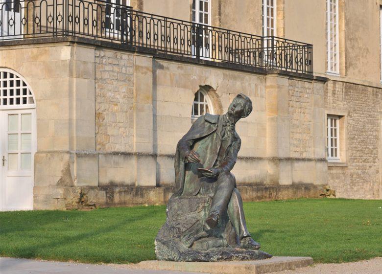 Statue du musée de Normandie à Caen