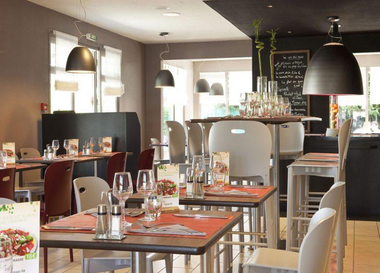 Hotel Campanile Caen Mondeville – restaurant
