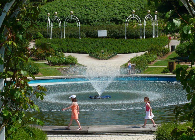 Colline aux oiseaux, fontaine – Caen