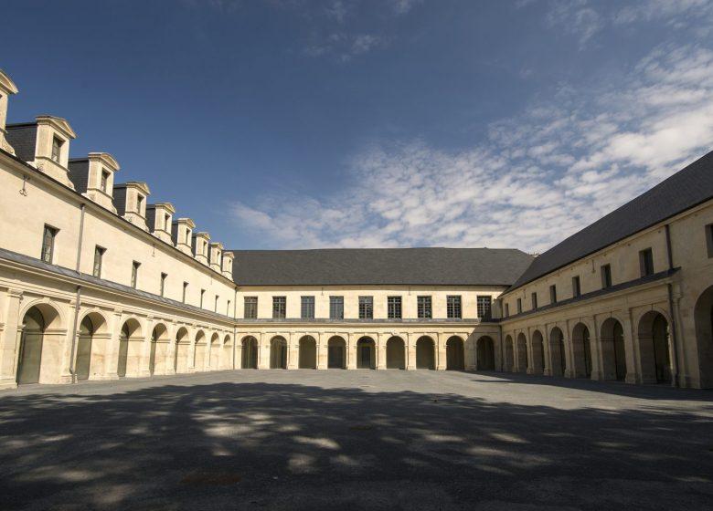 Cour intérieure du Frac Normandie Caen – photo : Marc Domage