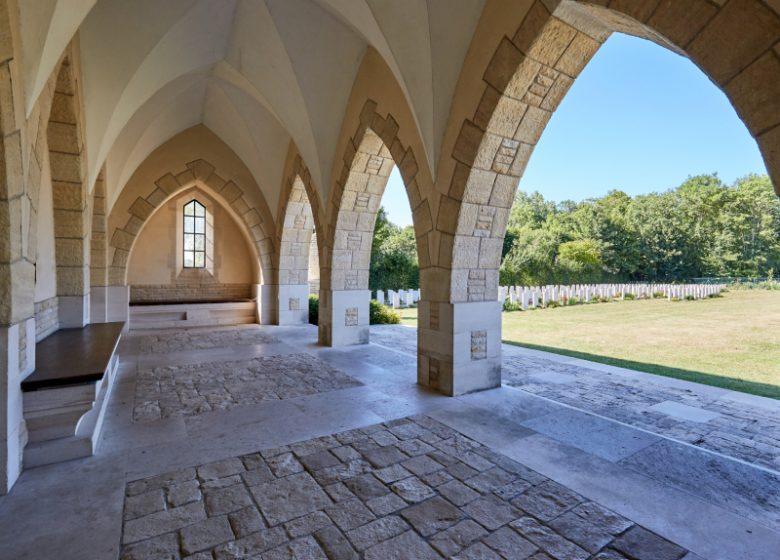 Hermanville-sur-Mer__cimetere_militaire_britannique-Caen_la_mer_Tourisme___Fabien_MAHAUT (1)