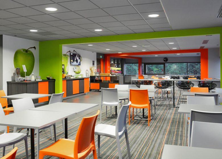 Ibis Styles Caen – salle petit déjeuner