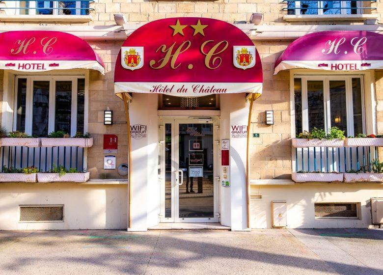Hotel_du_chateau_caen vue de face entree+