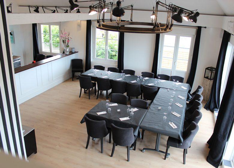 La Moulerie – Le loft Salle de reunion U + Bar (3)