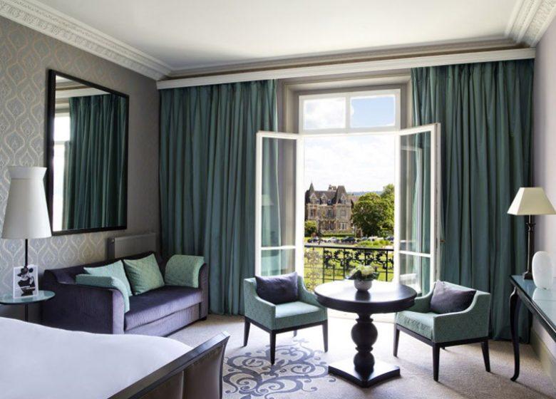 Grand Hôtel de Cabourg – Chambre avec vue jardin
