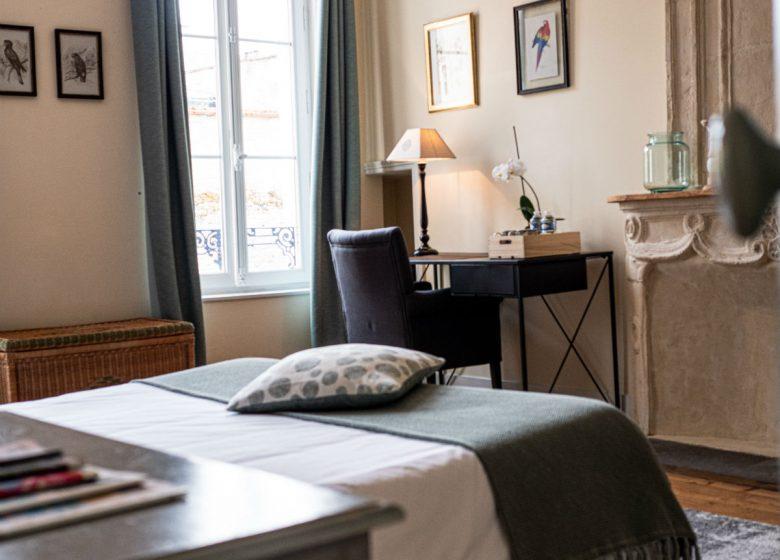 clos-saint-martin-chambre-10