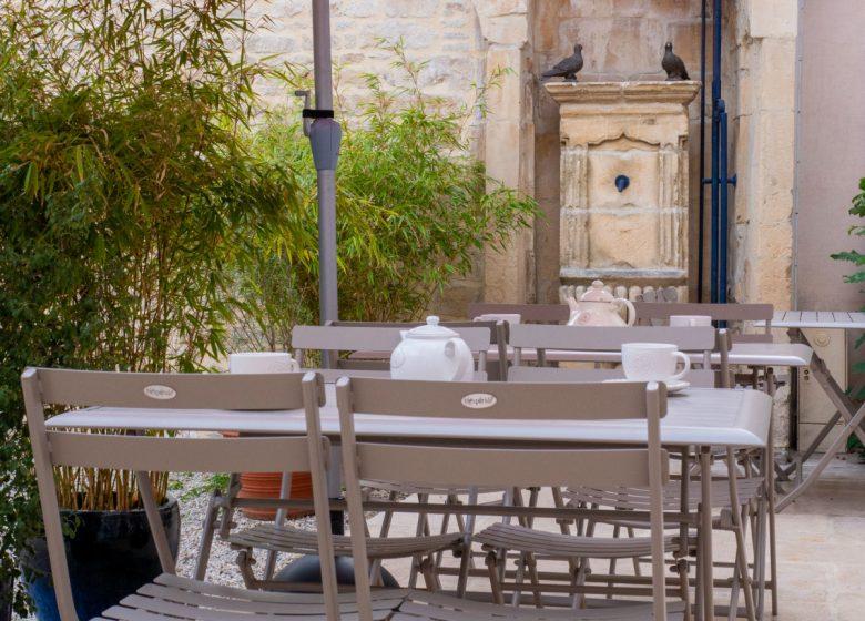 clos-saint-martin-terrasse