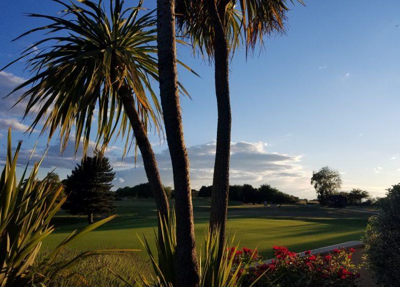 golf-caen-la-mer-palmiers