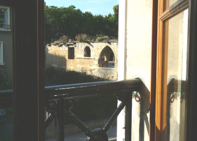 hurel-anne-relais-saint-gilles-chambre-aux-elephants-vue-2