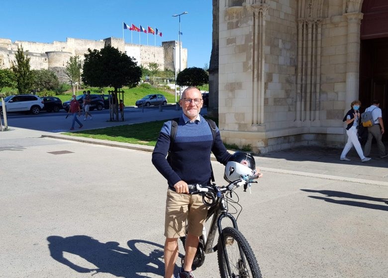 Circuit historique à vélo avec un habitant de Caen